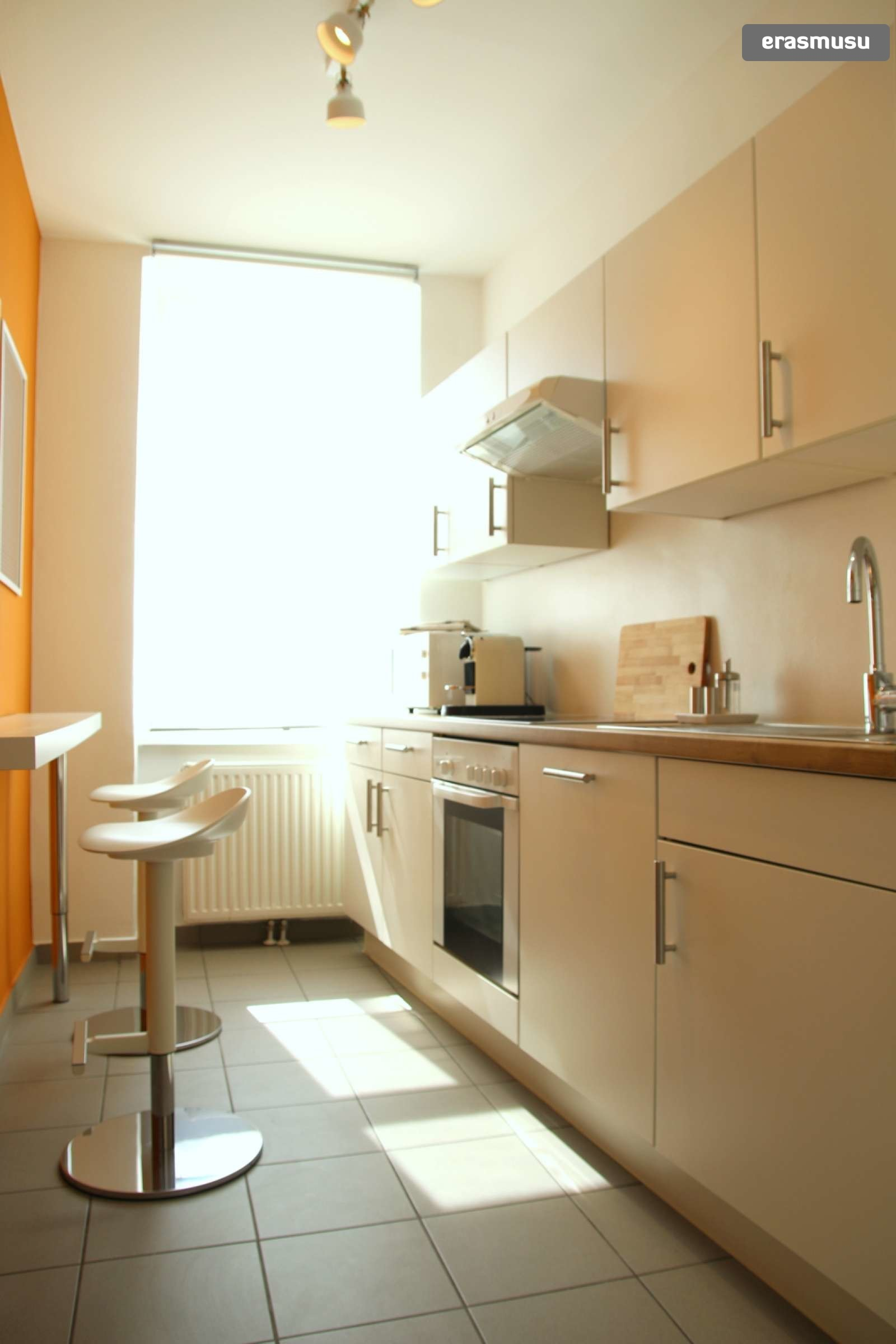 lovely-studio-apartment-rent-wahring-da304b54bd1abe8a716bec22d17
