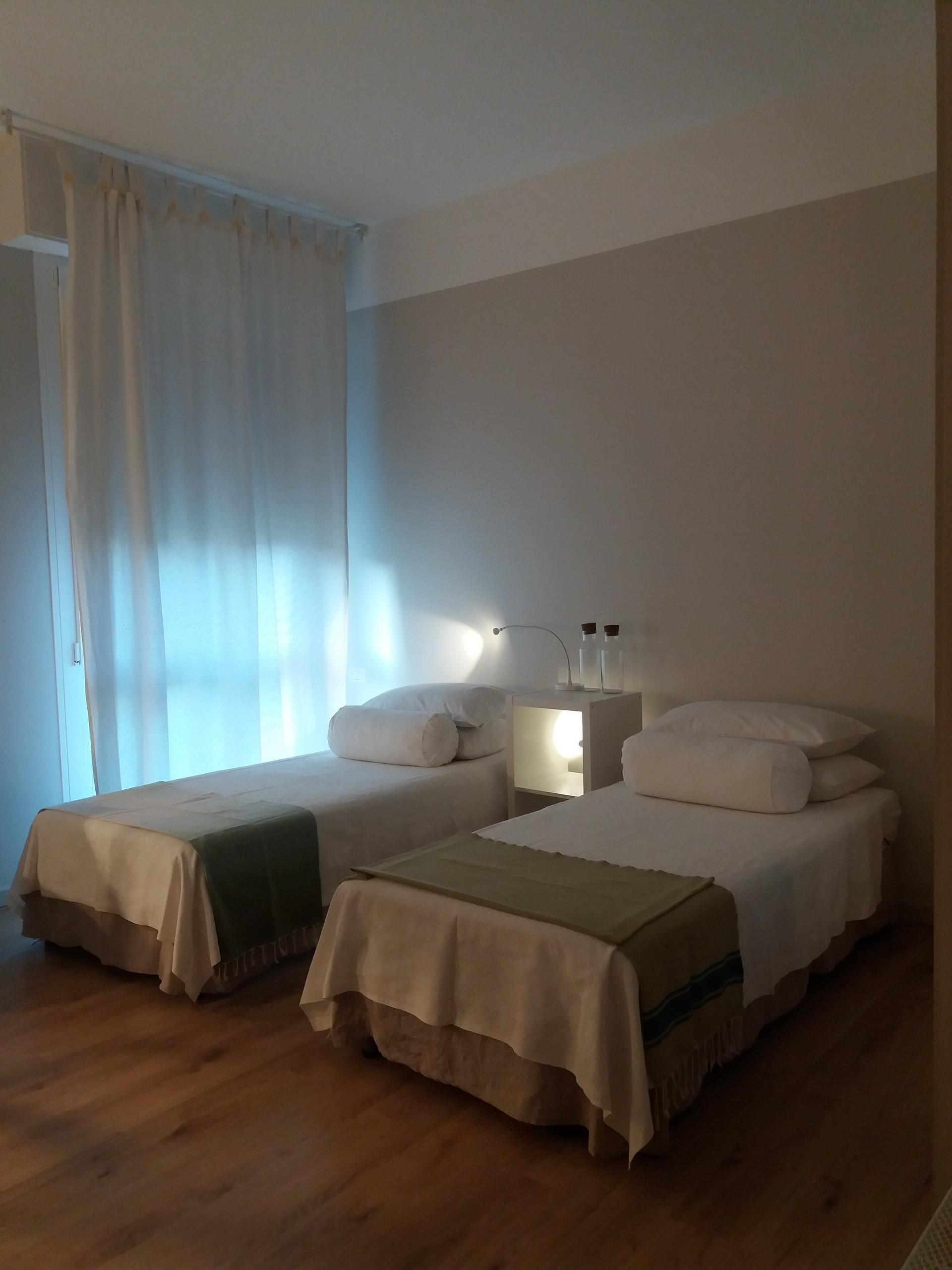 Luminosa camera nel verde con bagno privato alle porte di Milano per due  persone