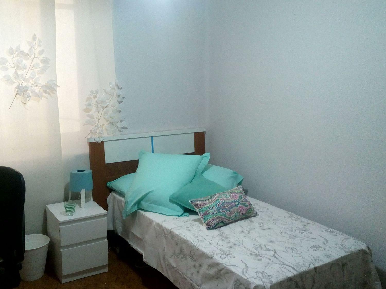 Luminosa habitación en el centro de  León