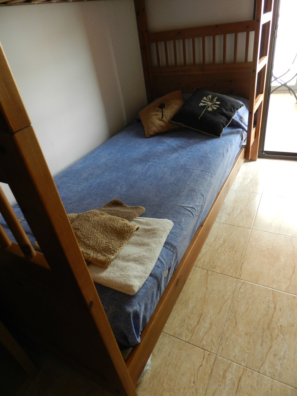 Habitacion doble con dos bonitas terrazas alquiler for Piso 1 habitacion barcelona