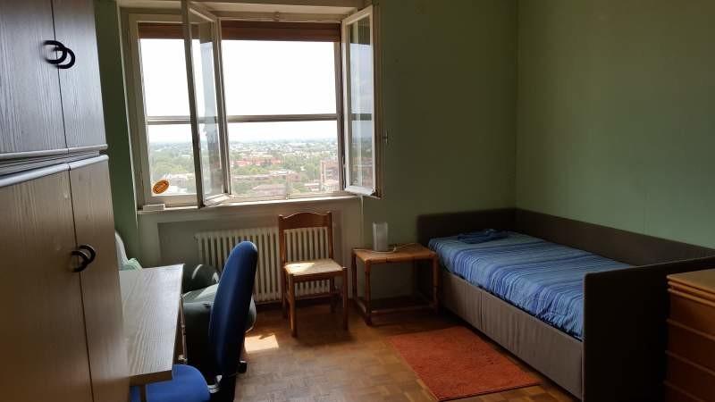 Luminosa stanza uso singola o doppia