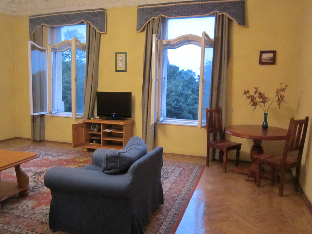 Luxury 4 bedrooms apartment in the center of cracow flat for 4 bedroom luxury apartments