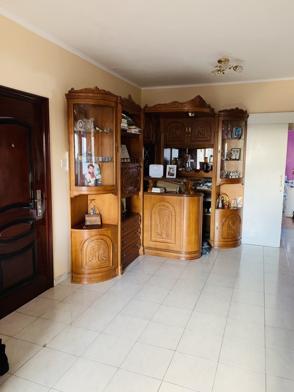 Luxury fully furnished apartment in the center of Limassol.
