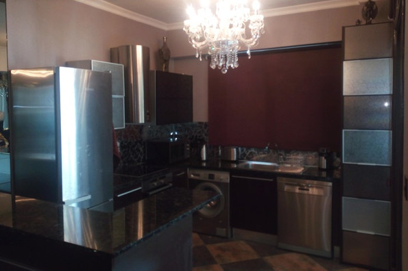 Luxury fully furnished and private apartment in Agioi Omologites