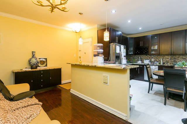 luxury-private-renovated-furnished-room-