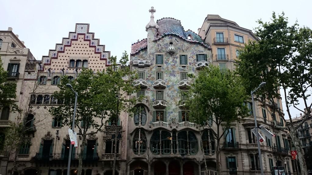 magia-barcelona-5fbe9b857d5e839fd851eeea