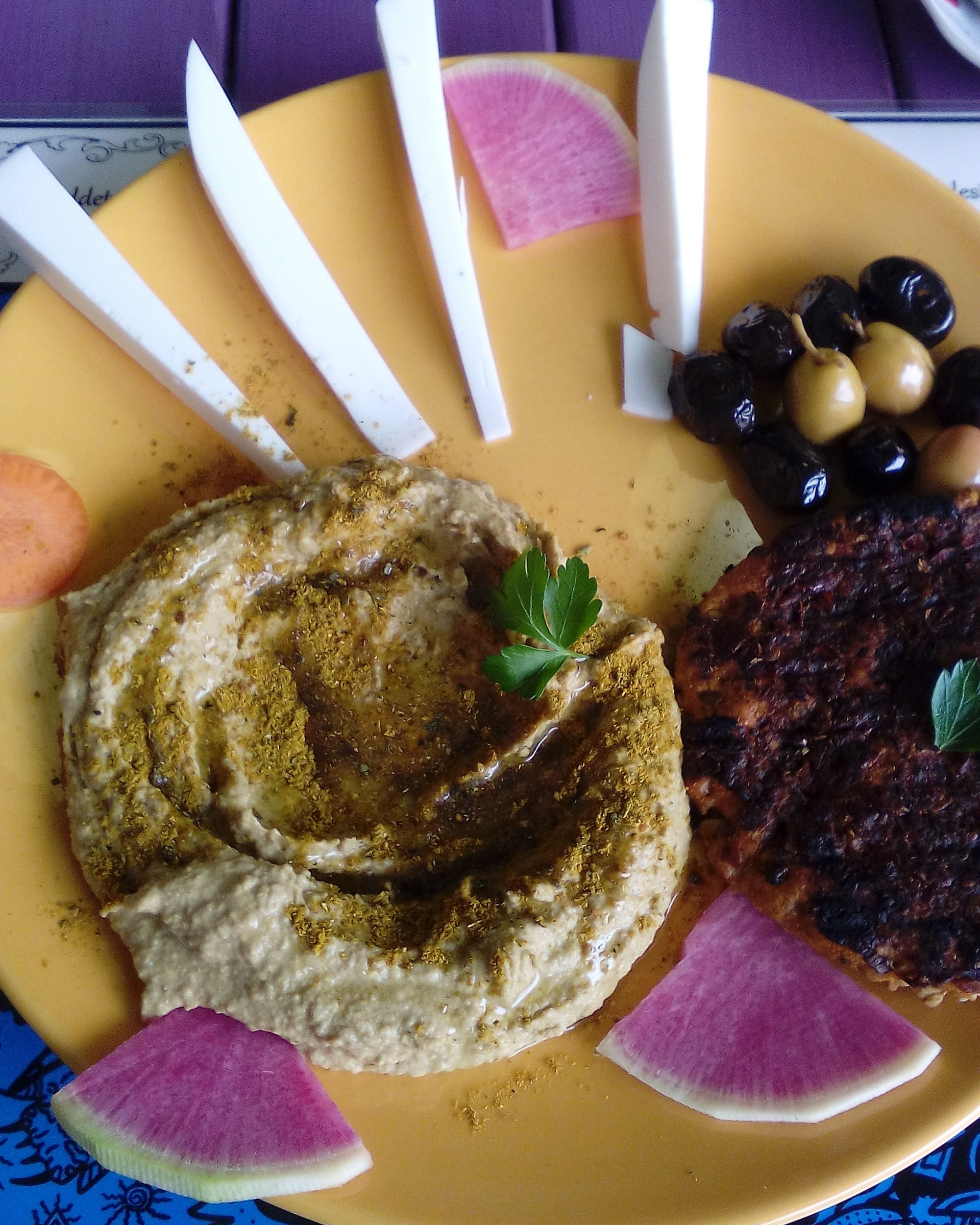 mahatma-cafe-delicious-vegan-food-istanb