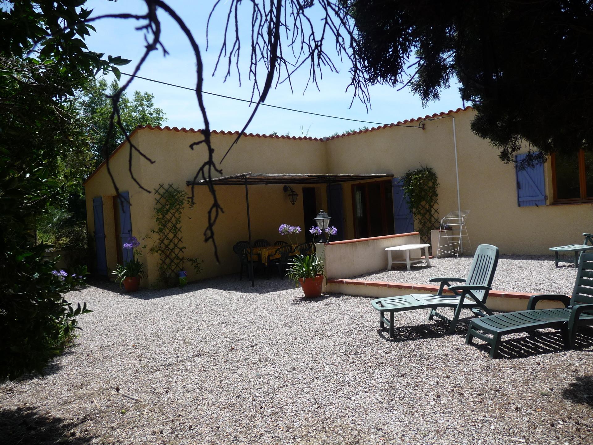 Colocation dans maison avec 4 chambres piscine jardin 10 - Jardin maison contemporaine perpignan ...