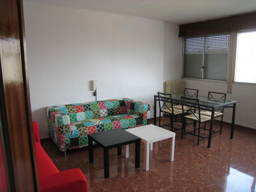 Mangn fico y soleado piso de 5 habitaciones en c rdoba centro alquiler pisos c rdoba - Pisos embargados en cordoba ...