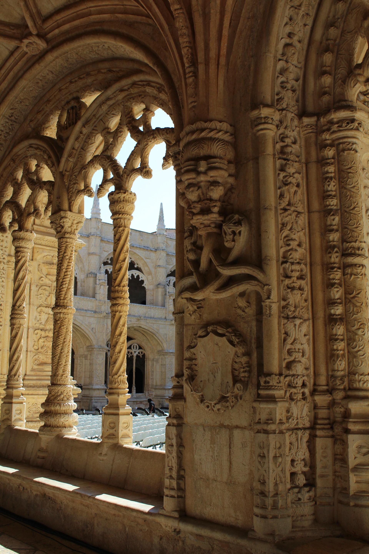 medieval-details-17b4f359fdc839d15b0b32e
