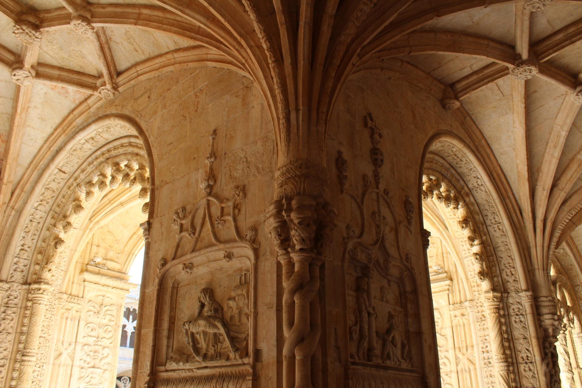 medieval-details-aab003f23a9af546d4da9a3