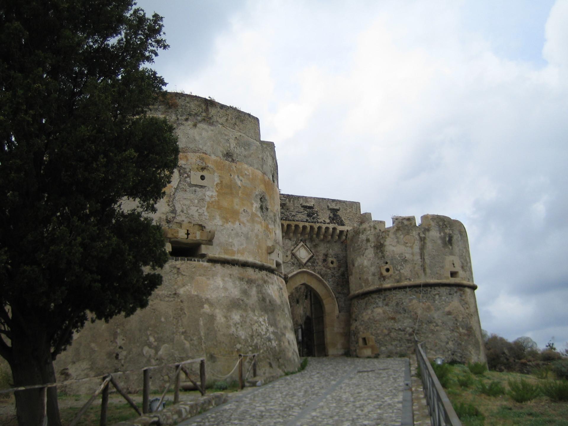 Messina: Castello Milazzo