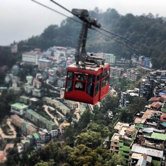 Miasto w niebie, Gangtok
