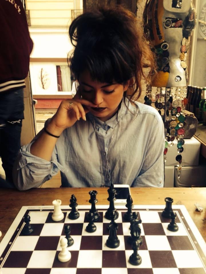 Miejsca w dzielnicy Pigalle: Unikalny bar z szachami, Sacré Coeur i Marche des Enfants Rouges