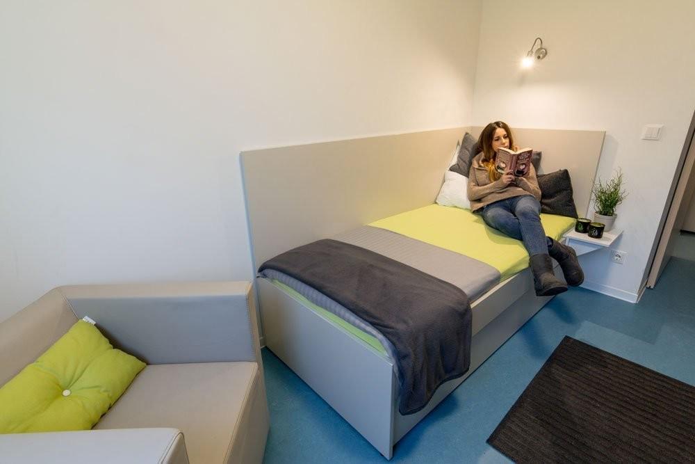 mini-private-furbished-apartment-a759df42754a79d081b1a76e9b731f1d