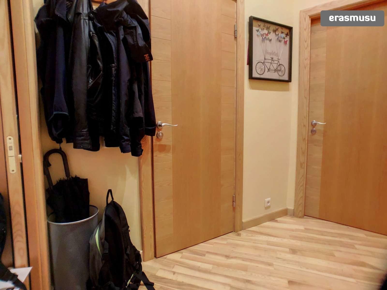 modern-1-bedroom-apartment-rent-centrs-f8c2719c19a54b54fbb89be83