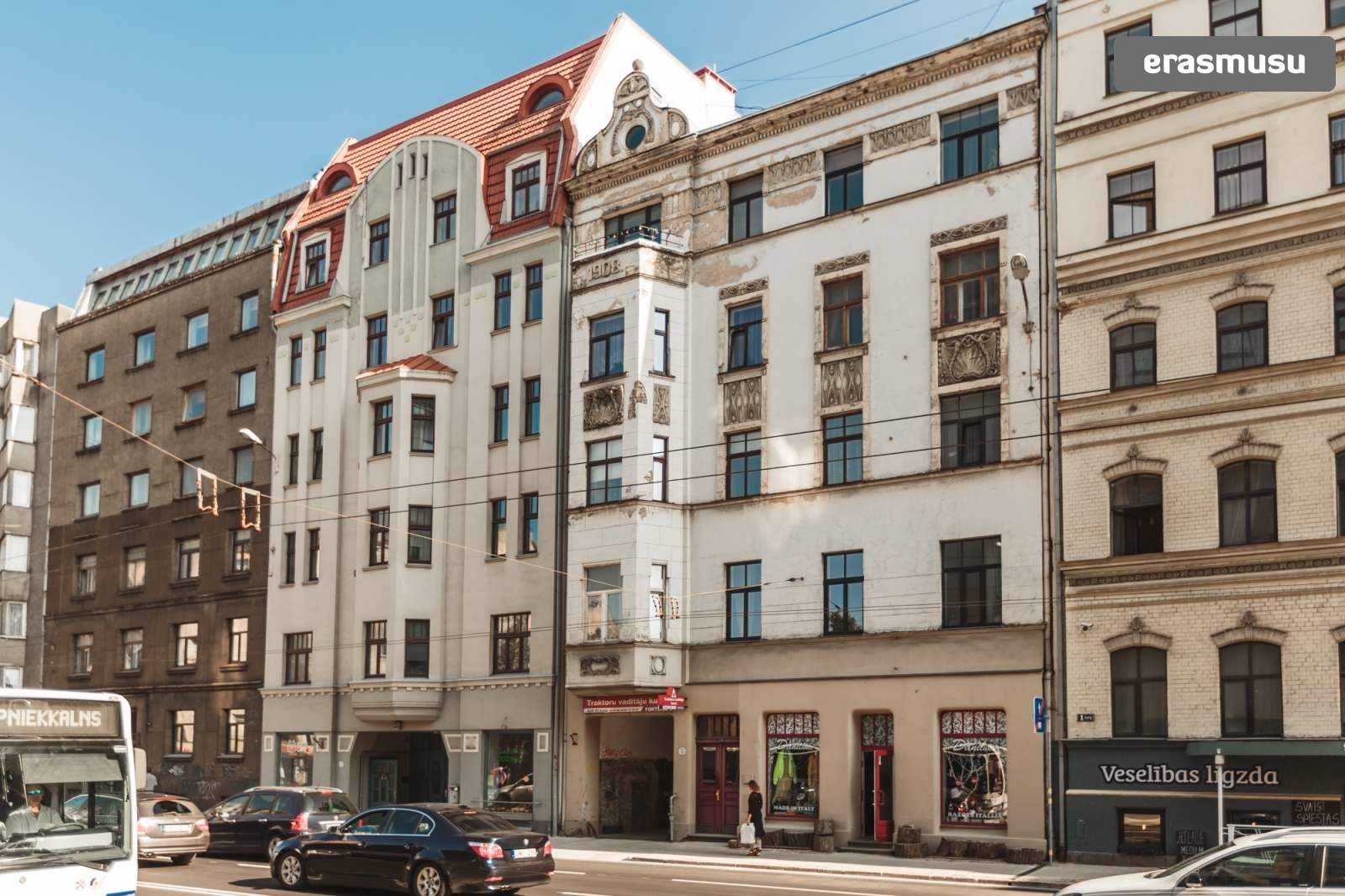 modern-2-bedroom-apartment-rent-grizinkalns-06d105f893dd8f13b712