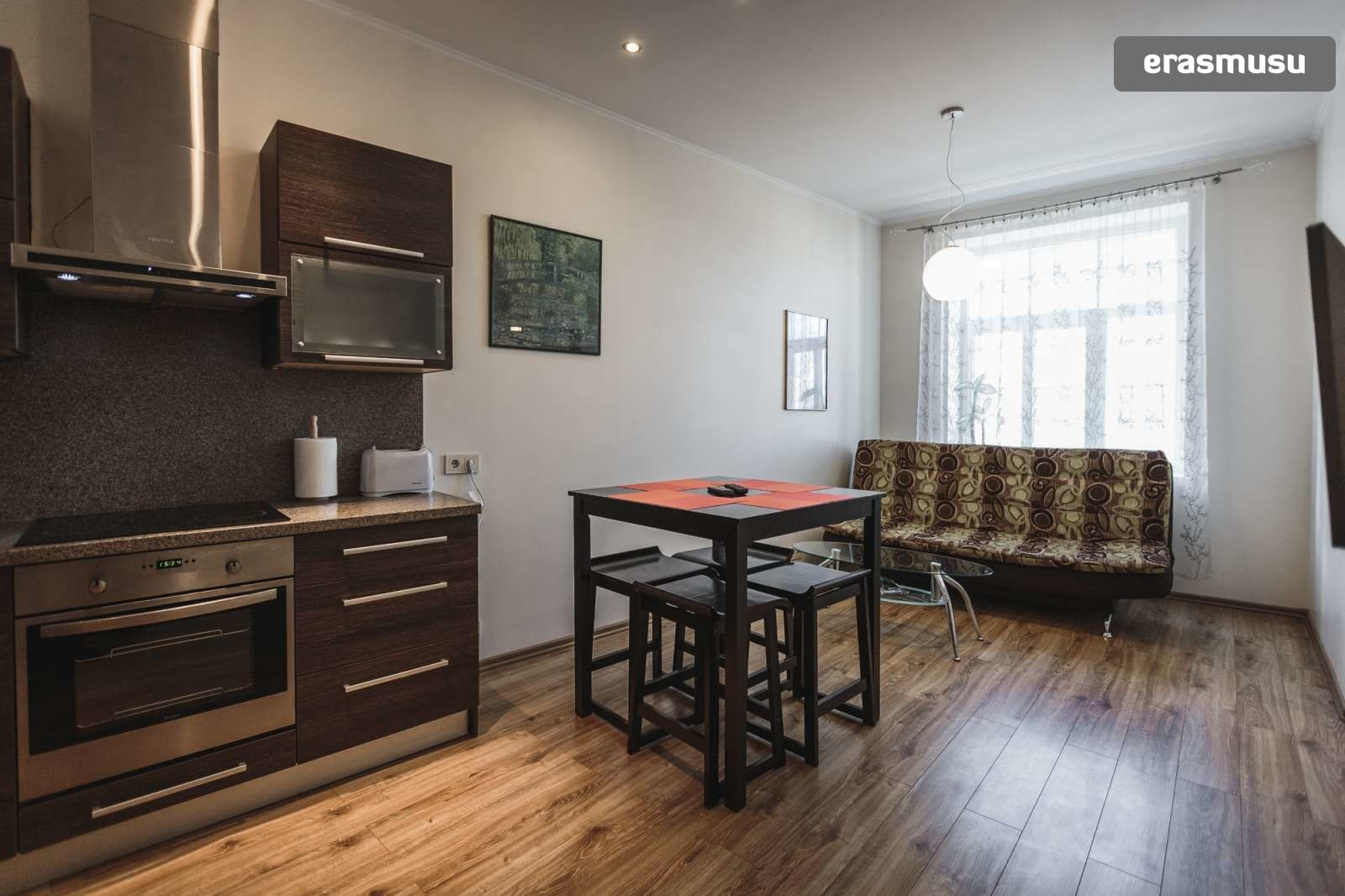 modern-2-bedroom-apartment-rent-grizinkalns-1d3df0100f69cb3e9b60