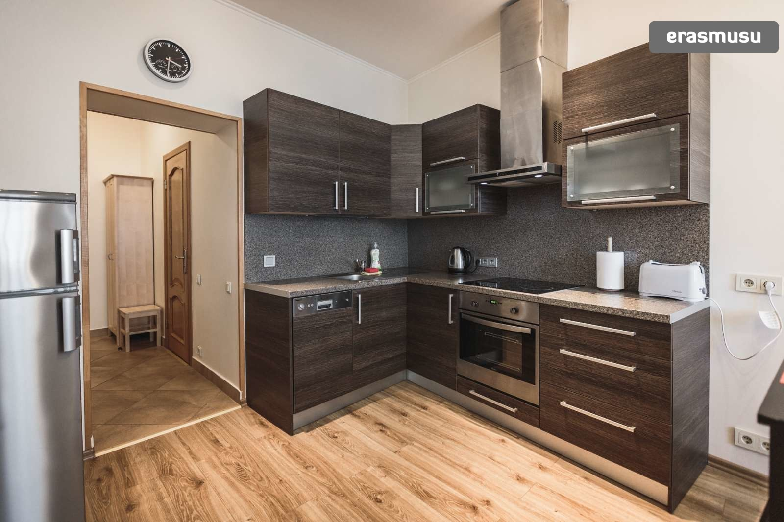 modern-2-bedroom-apartment-rent-grizinkalns-53014f391f2bae1f7473