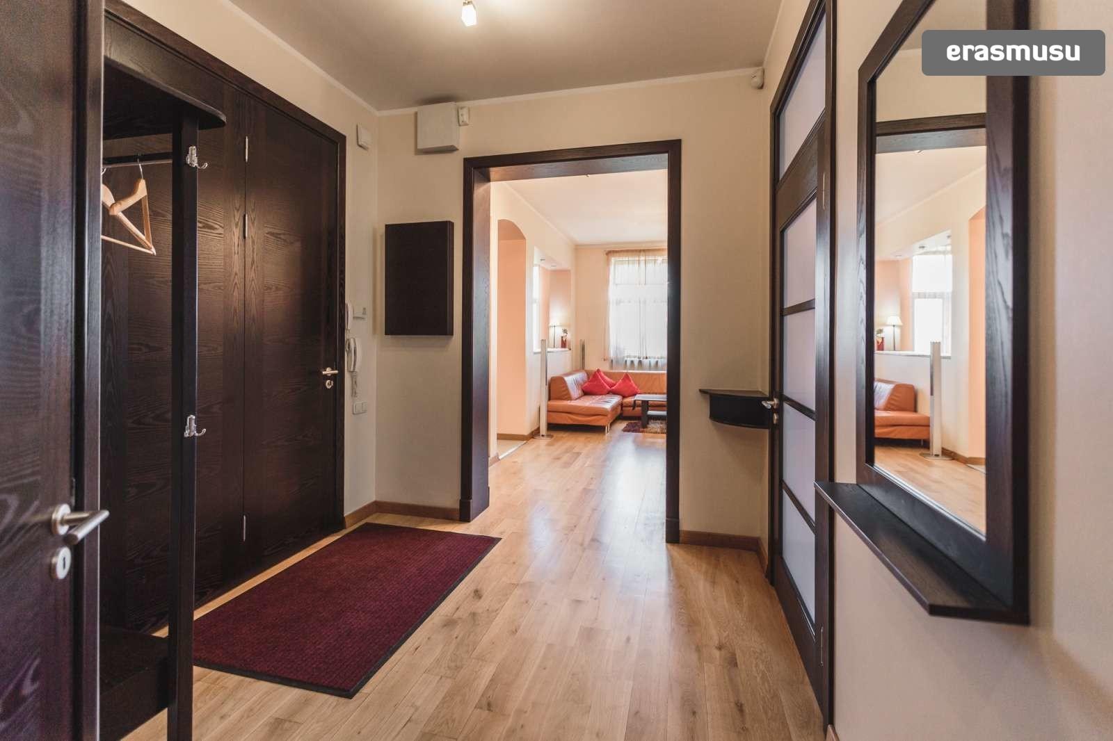 modern-4-bedroom-apartment-rent-centrs-2cebcfc0c505700e57ac29290