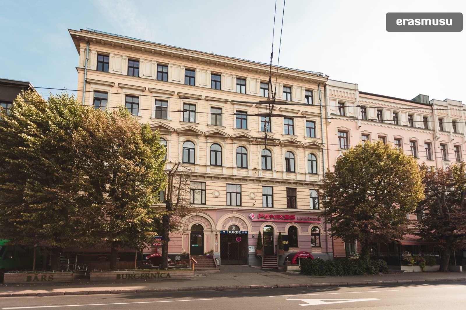 modern-4-bedroom-apartment-rent-centrs-ed53a690a51155b2a12f995ec