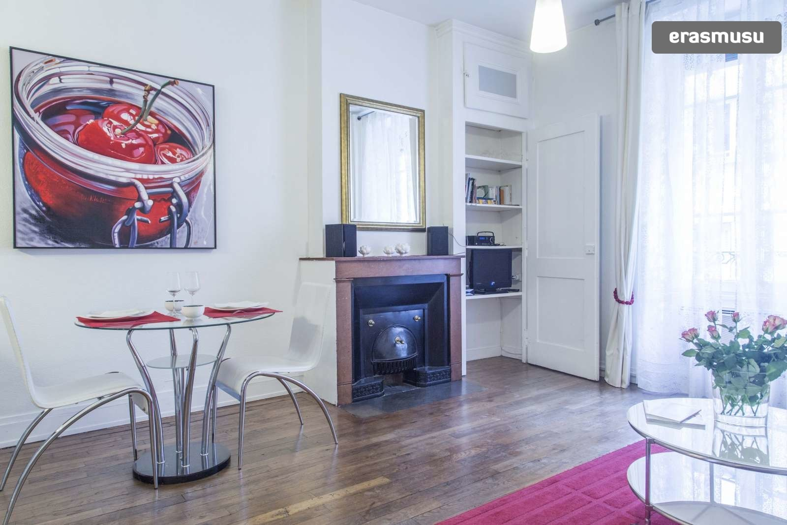 modern-luxurious-studio-apartment-rent-lyon-6dd10e7dfc1913bb2e77