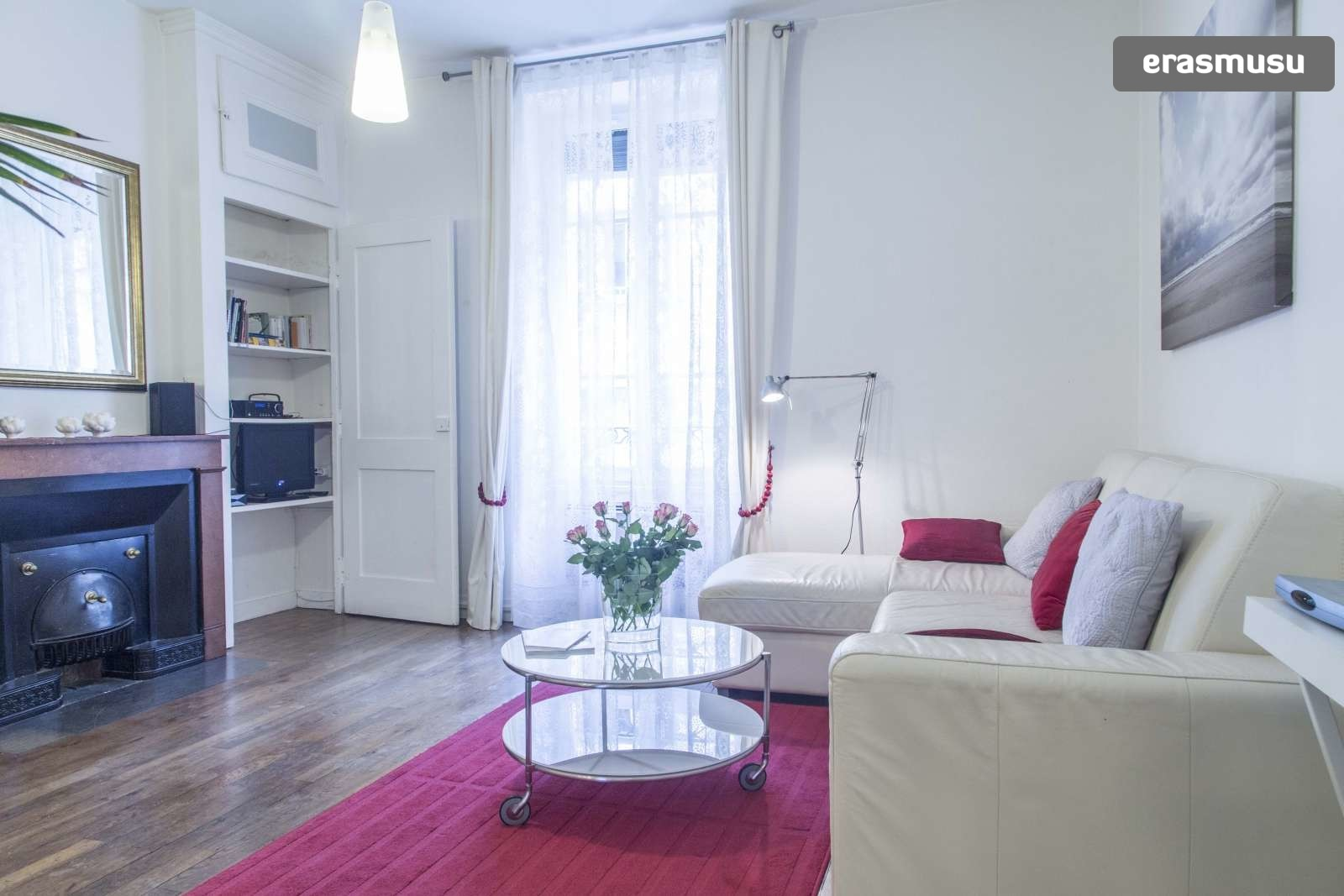 modern-luxurious-studio-apartment-rent-lyon-7b6723470560002bd1c2