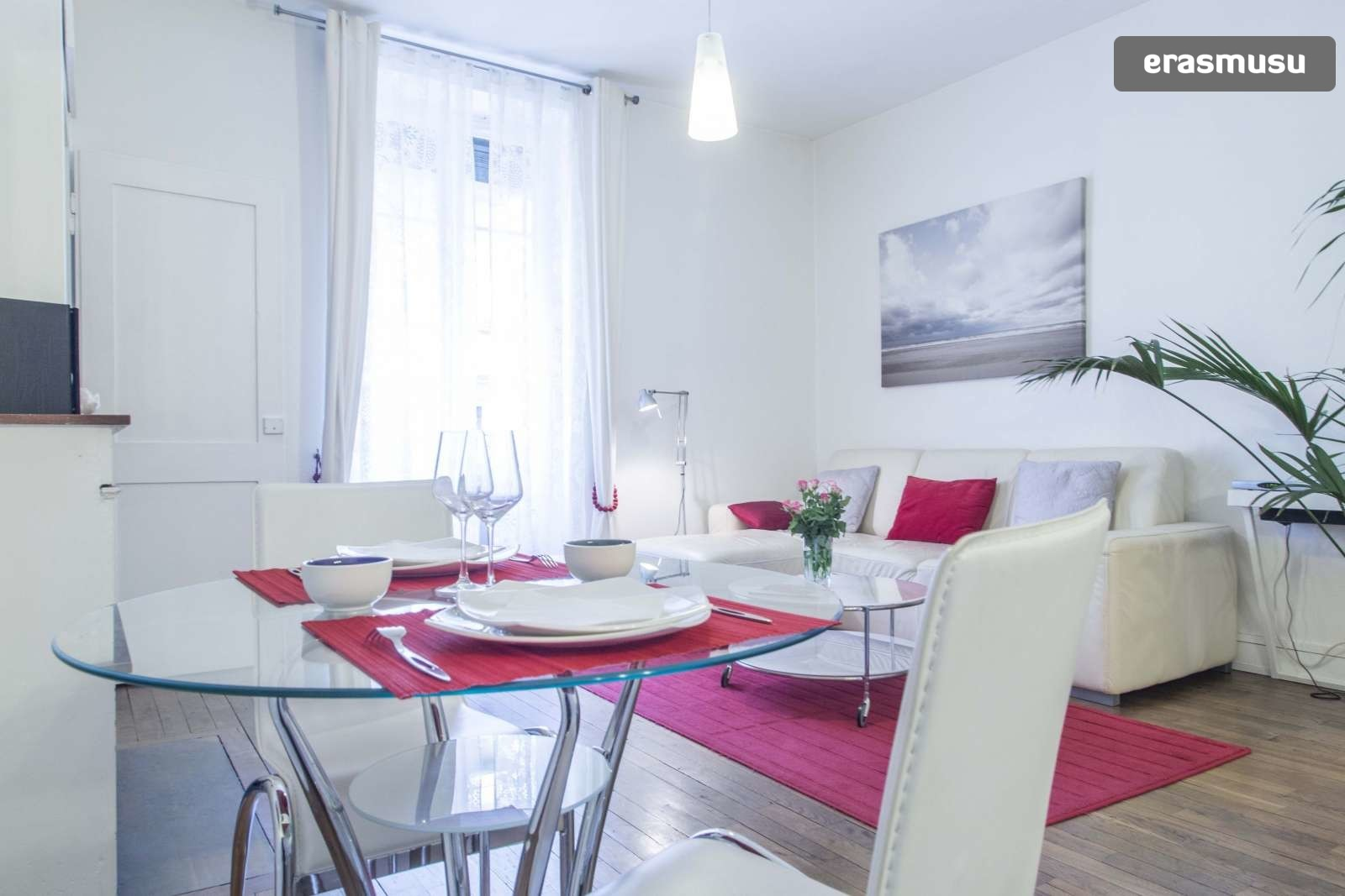 modern-luxurious-studio-apartment-rent-lyon-fdb38714b9c8670f2d51
