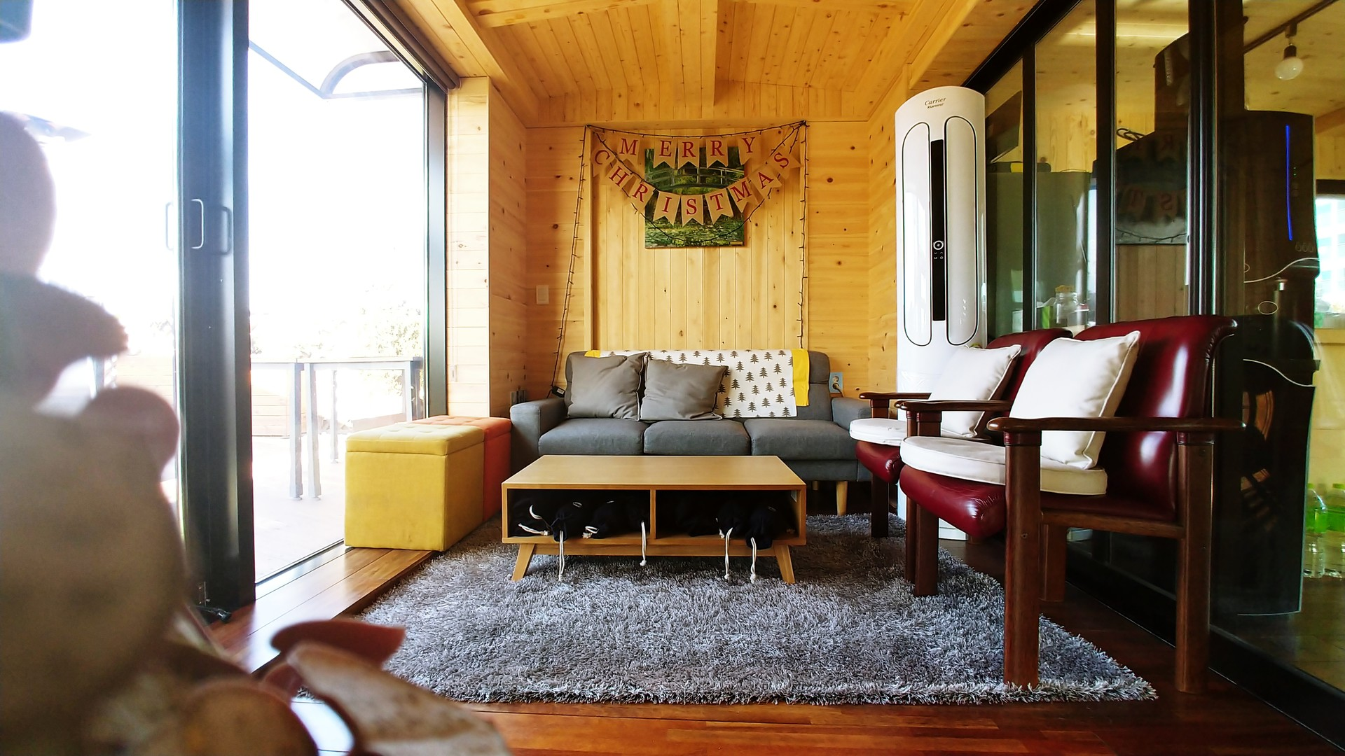 Pleasant Modern And New Sharehouse In Seoul Download Free Architecture Designs Embacsunscenecom