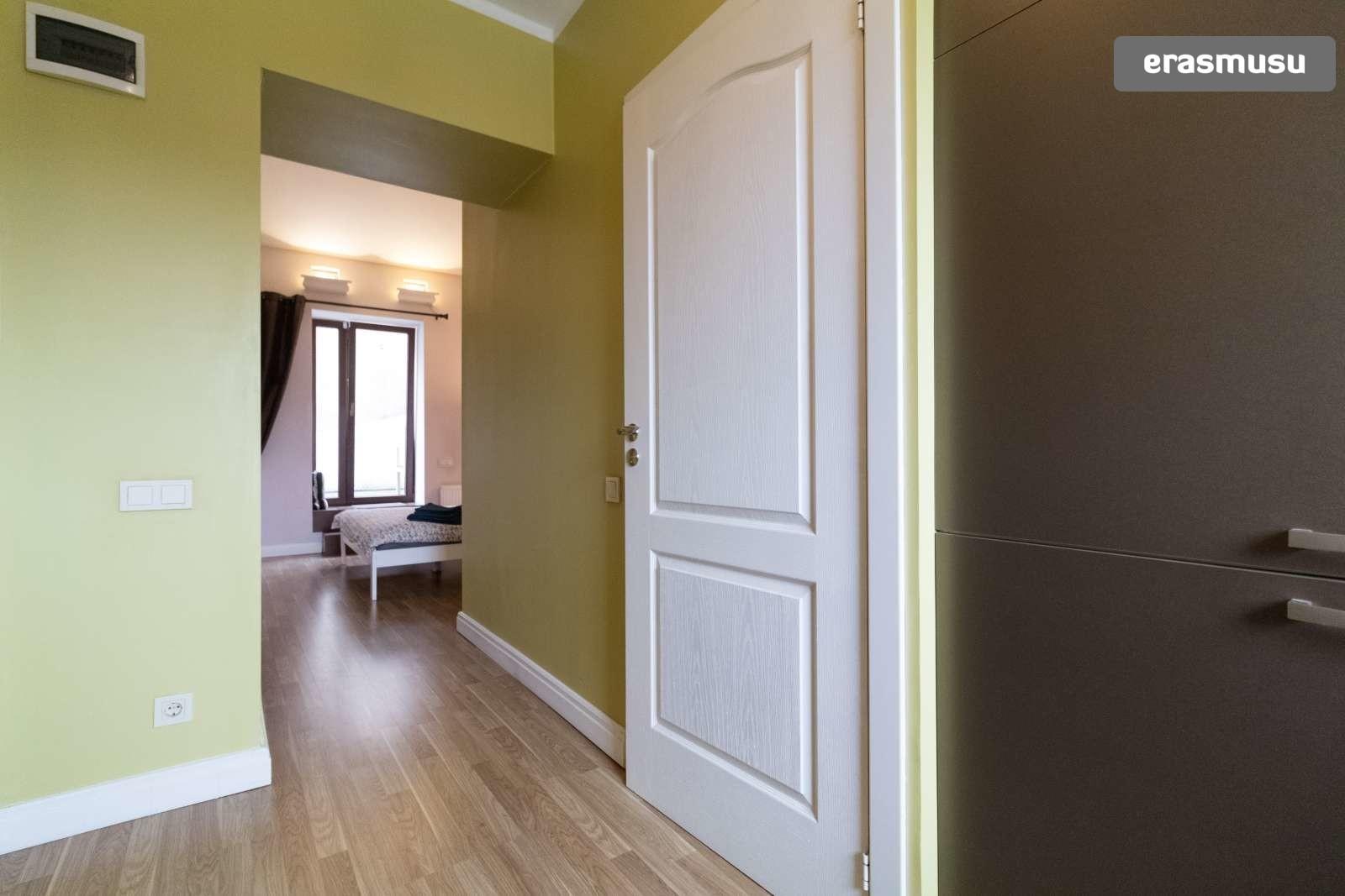 modern-studio-apartment-rent-maskavas-forstate-2e7bc56ee941bc8ae