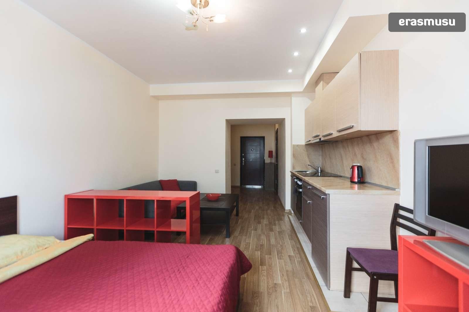 modern-studio-apartment-rent-maskavas-forstate-983fbb6d71c6ce305