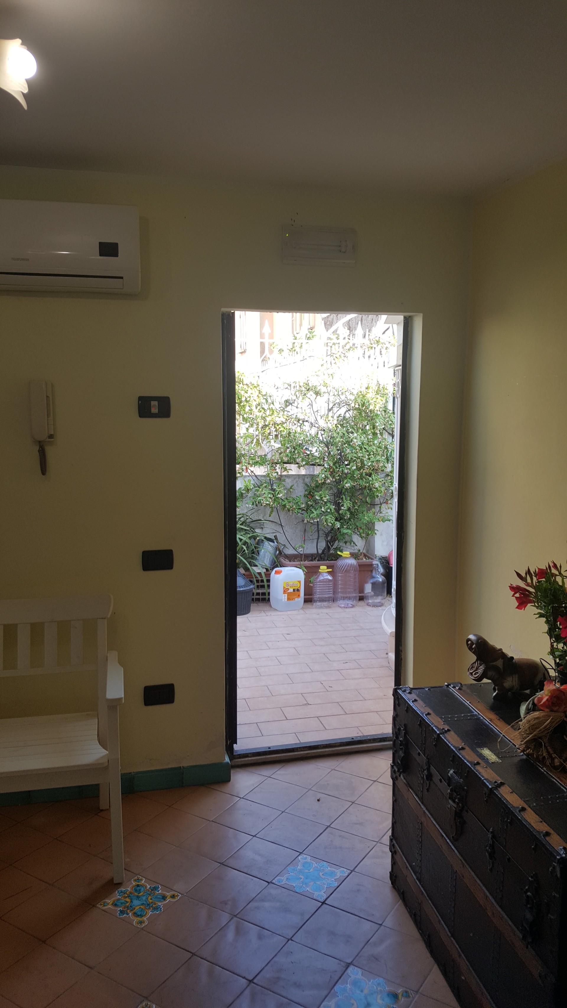 Studio For Rent In Salerno Pets Allowed And With Internet