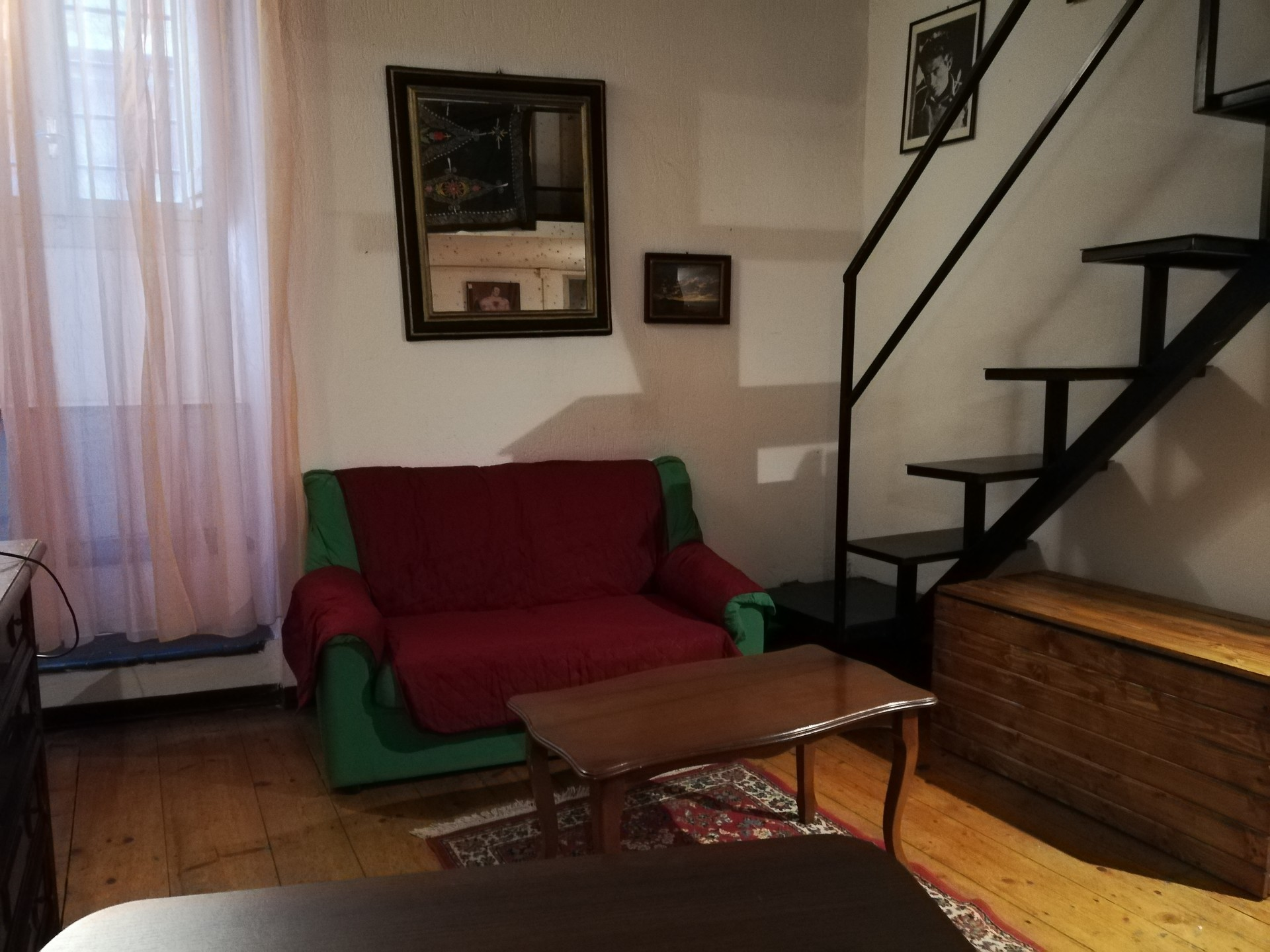 quality design b8a00 7446f Studio for rent in Perugia with internet