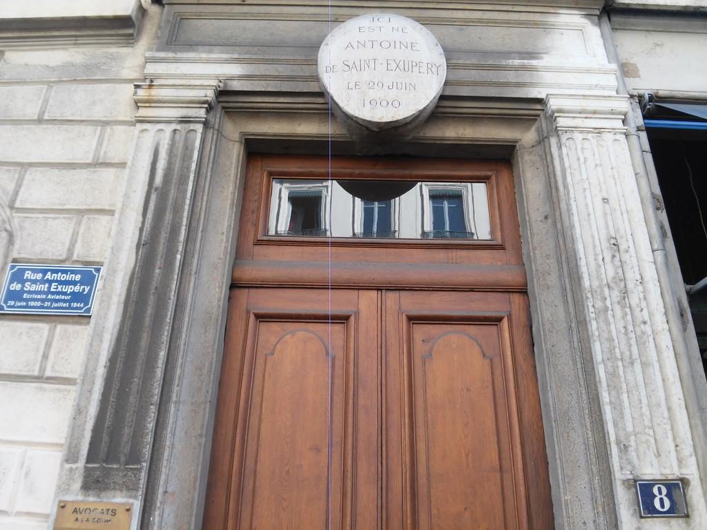 monument-a-antoine-de-saint-exupery-881c