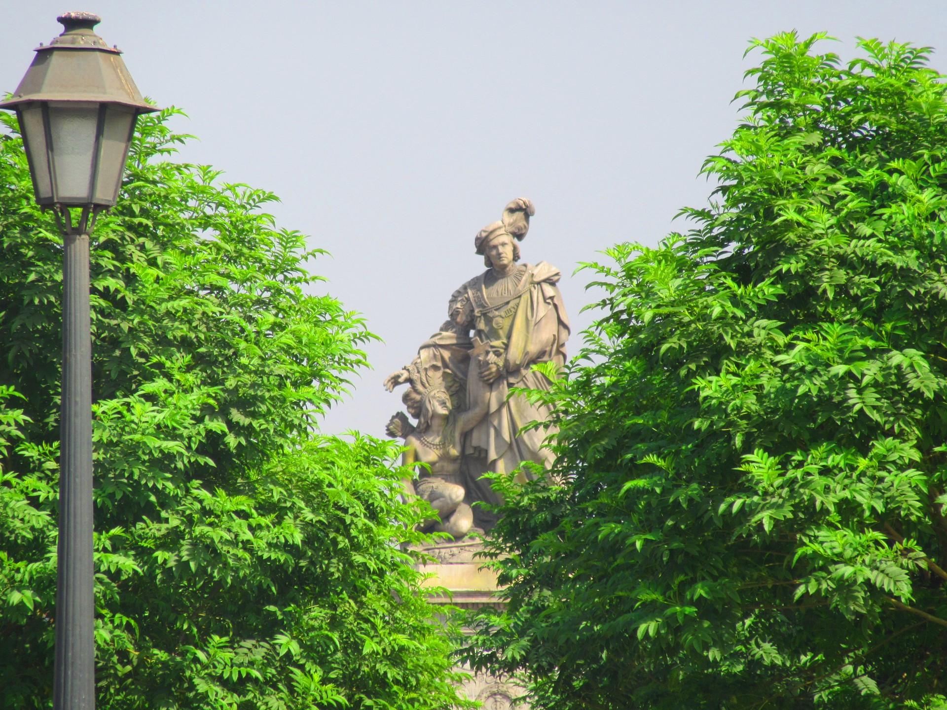 monumentos-lujo-medio-bullicio-limeno-0e