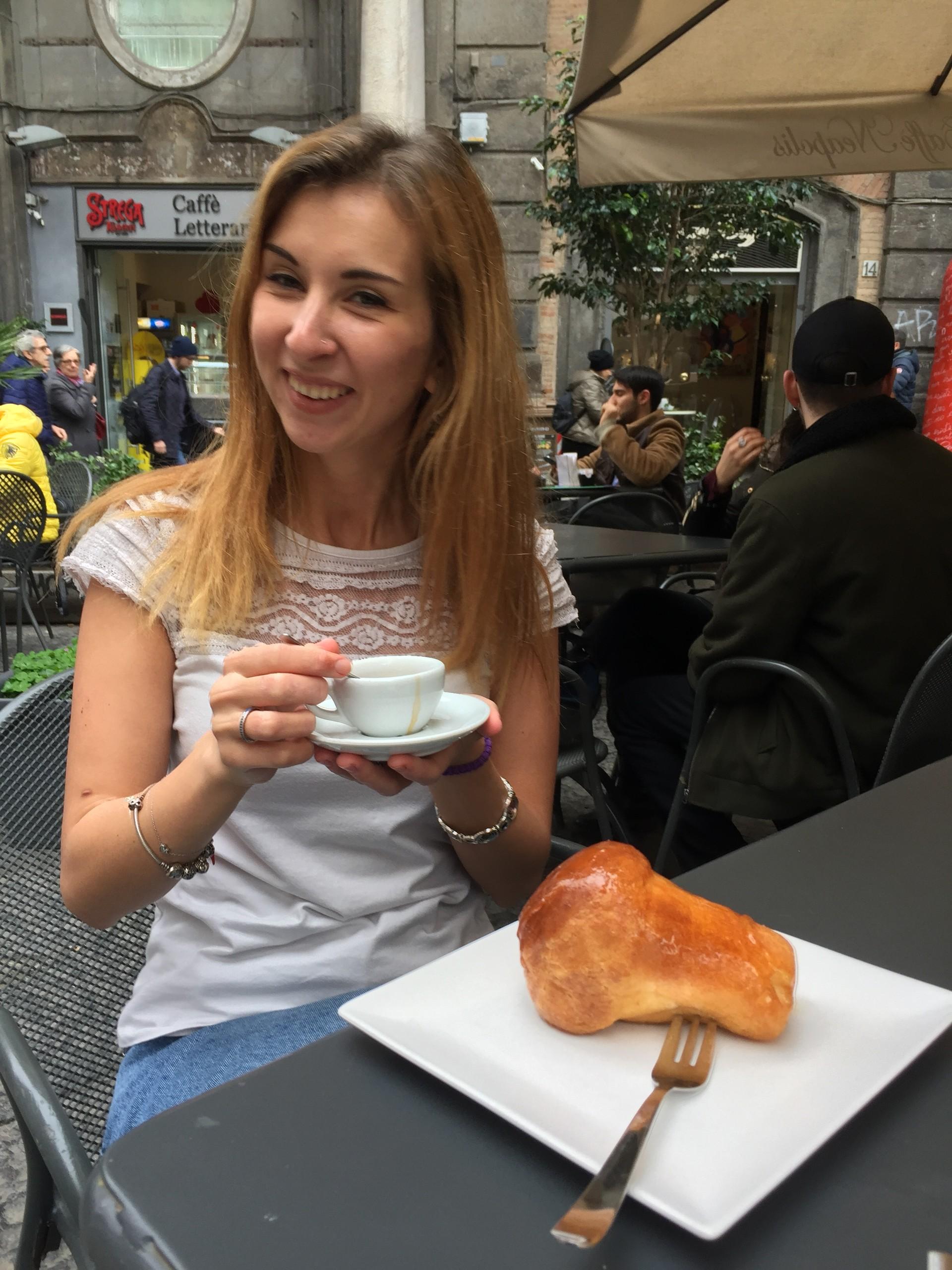 neapolitan-coffee-traditions-dbba977fc6e