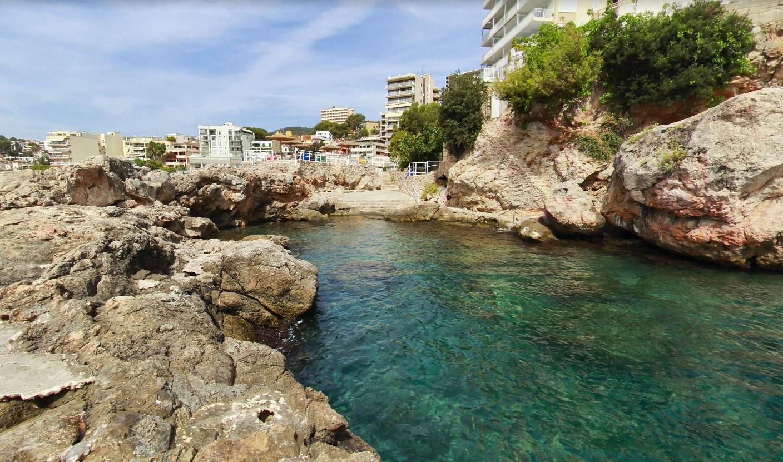 nice-apartment-spectacular-view-sea-78a7d5263e632fe80cc55ec9cc1a025a