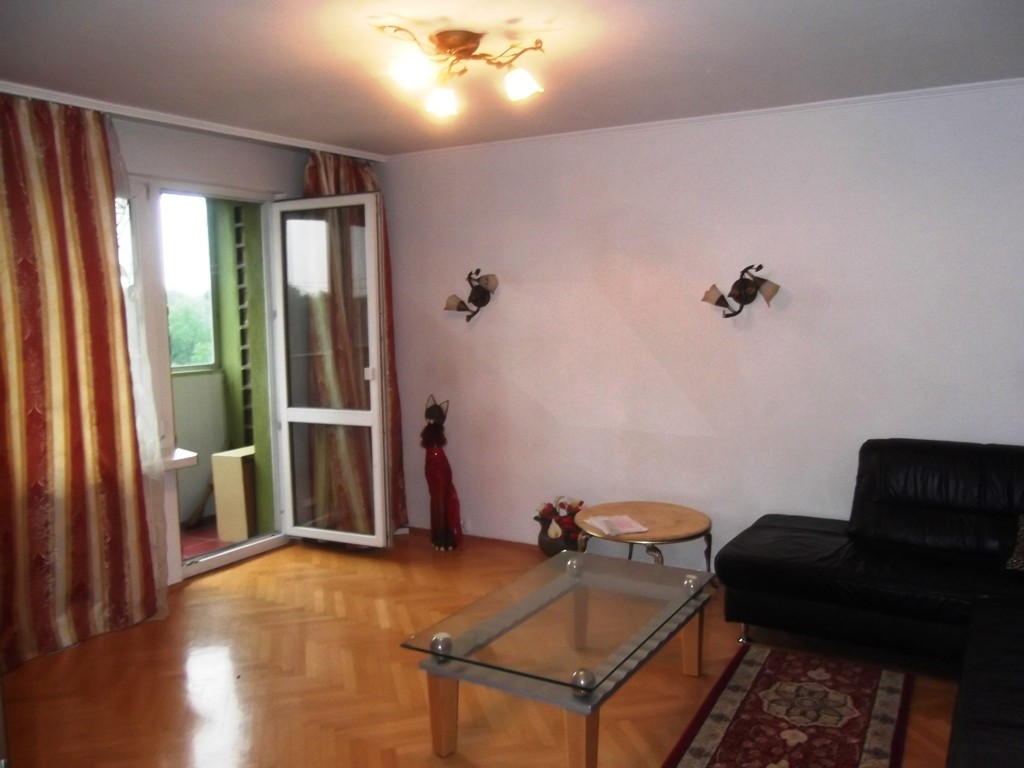 NICE CRACOVIE APARTMENT FOR RENT 67m 3 SEPARATED ROOMS ...