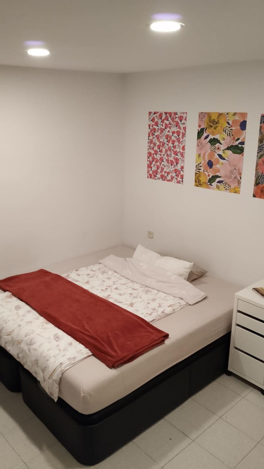 nice-double-room-near-francesc-masi-b306f98fd858c4158956f584122d54c0