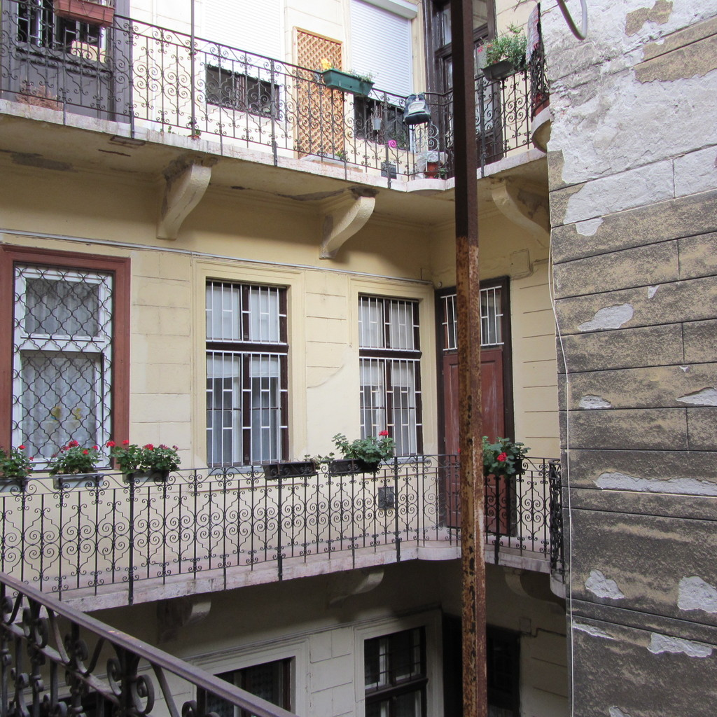 Flat Rental: Nice Flat, City Center Of Budapest, Perfect For Student