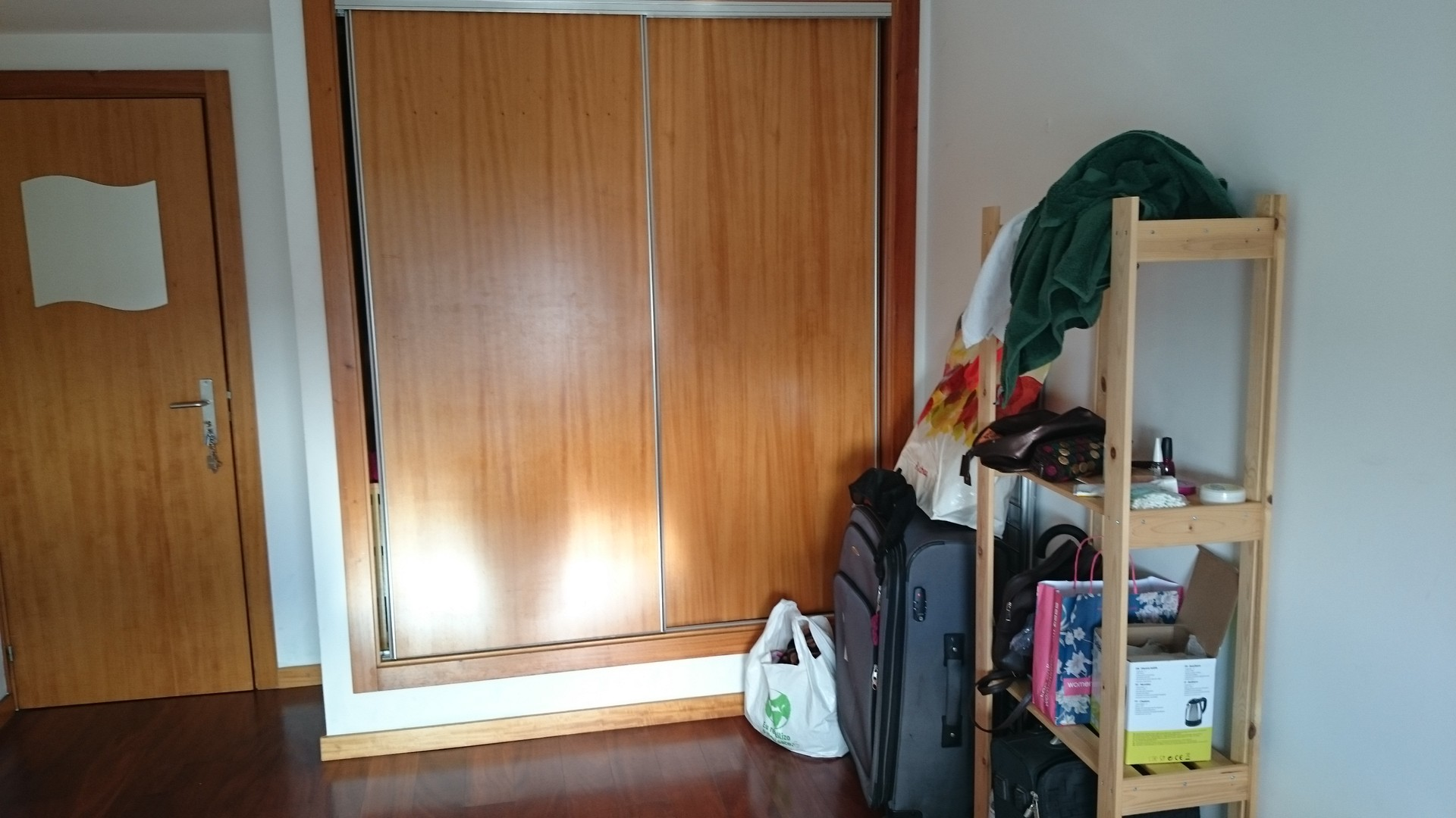 nice-room-close-university-girls-2fa7452018fabc4abd536e04dfe02eca