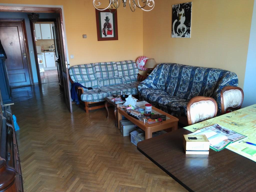nice-room-flat-bus-train-station-rent-96cf9905aa7fe960d9b536759d103212