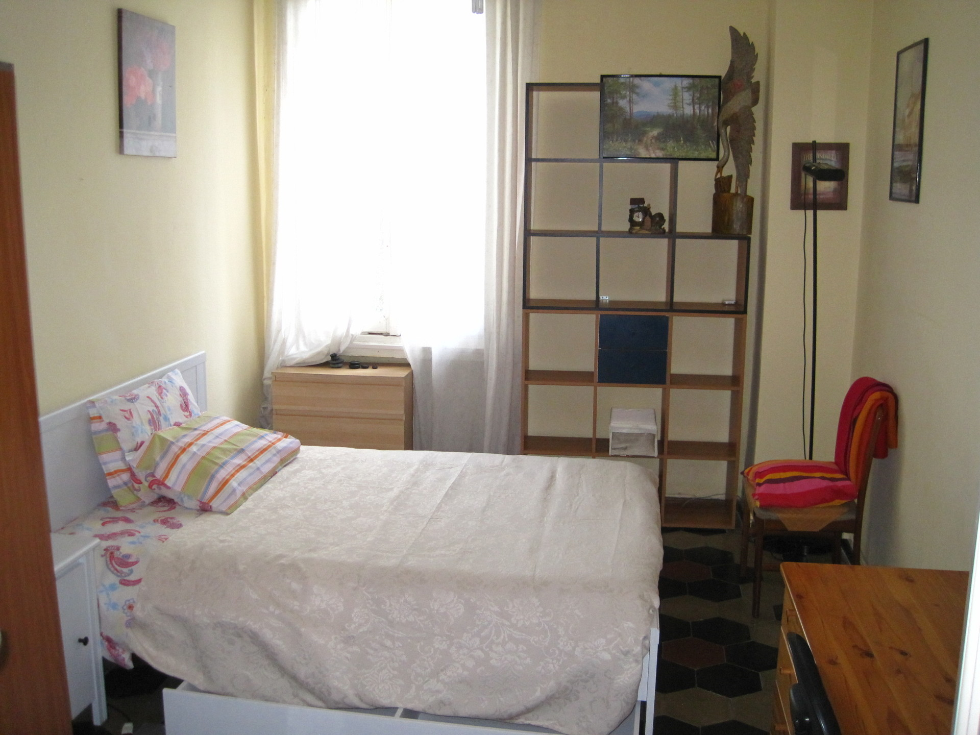 Nice Room In Confortable Shared Apt For Girl Room For