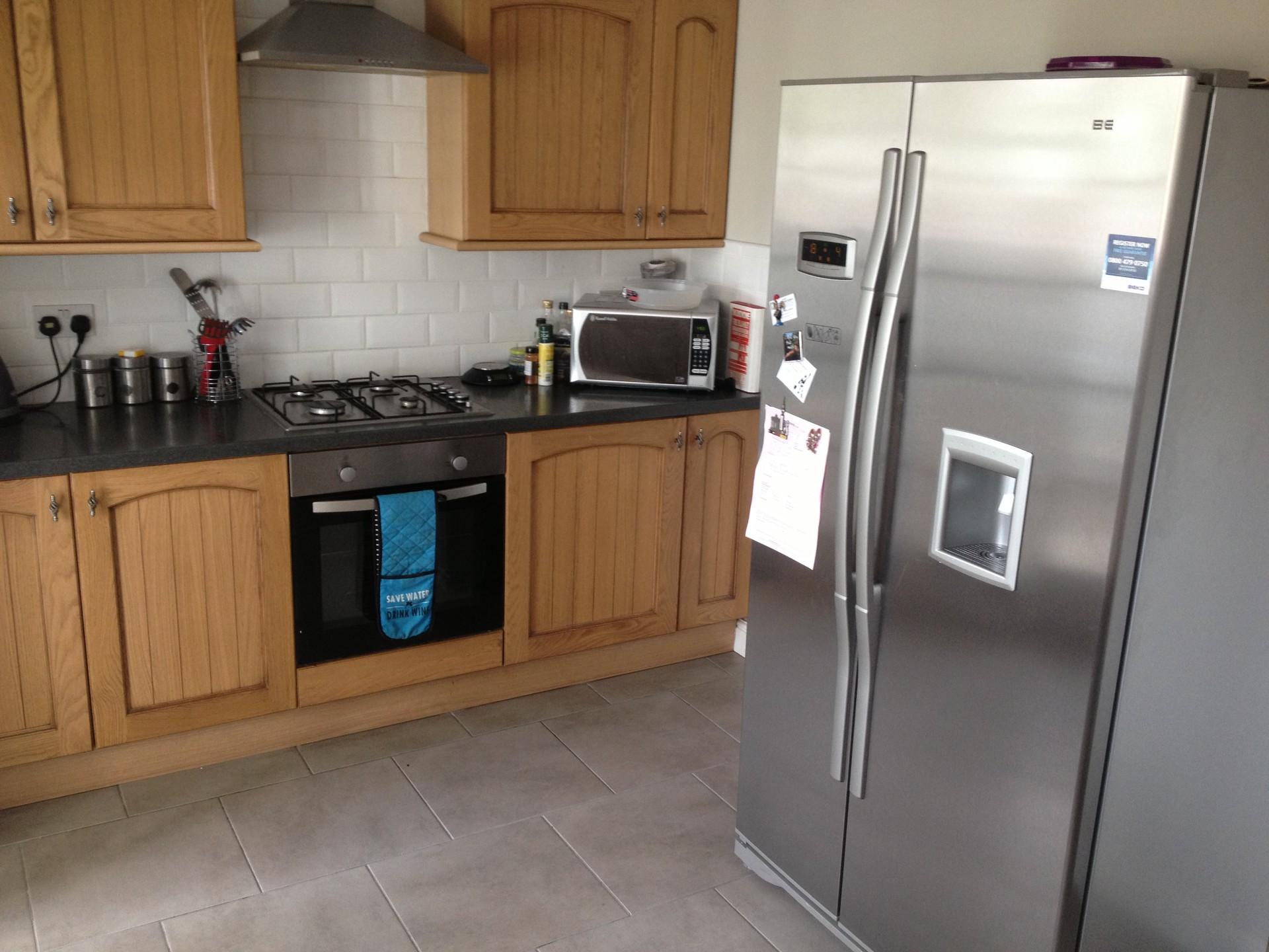 nice-room-shared-house-d68ef554fb3b33ac9