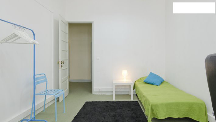 nice-single-room-central-lisbon-1d79187deec8faf788a0628e35c9a2c4
