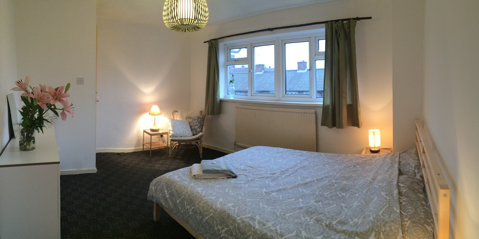 Nice spacious house in Zone 2 West Ham, Startford