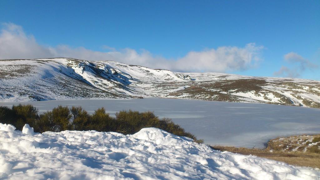 Nieve blog erasmus orense espa a for Como hacer una laguna artificial para peces