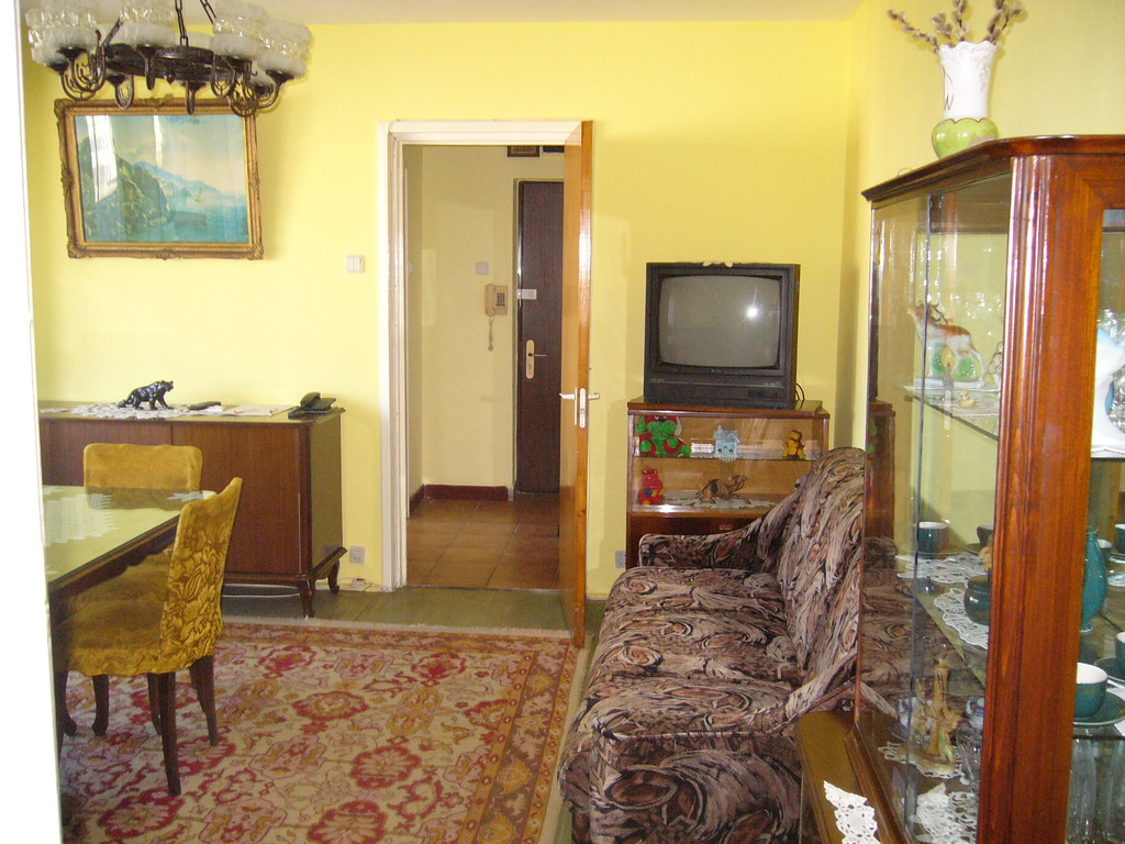 offering 3 rooms apartment for rent in bucharest . | flat rent