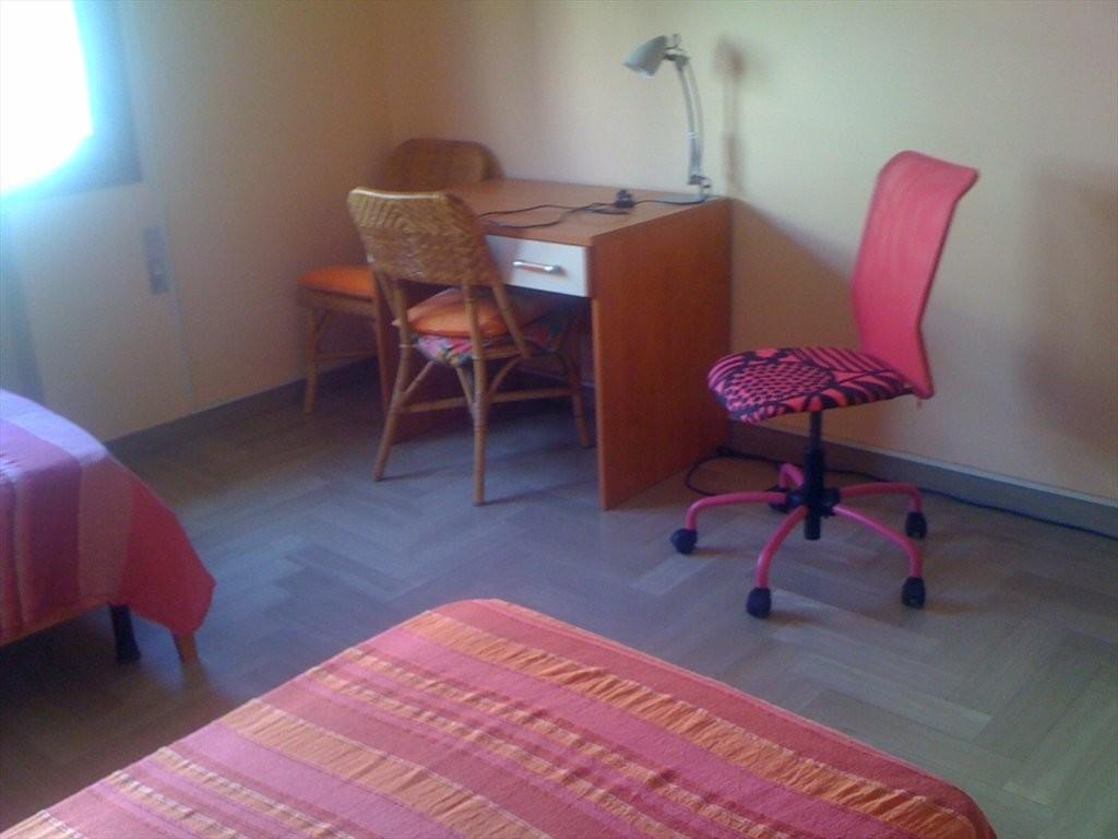 Offro un posto in stanza doppia per studentessa a Mestre