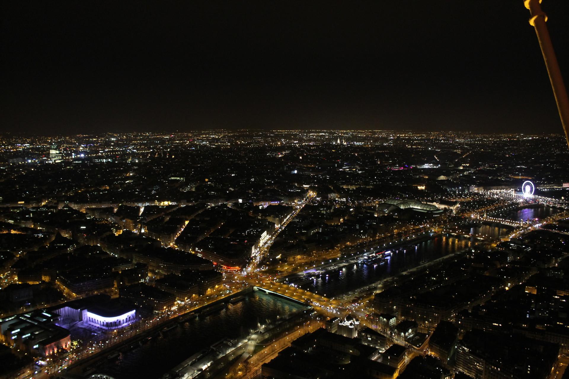 on-the-top-of-paris-6c92336e4b642716075b